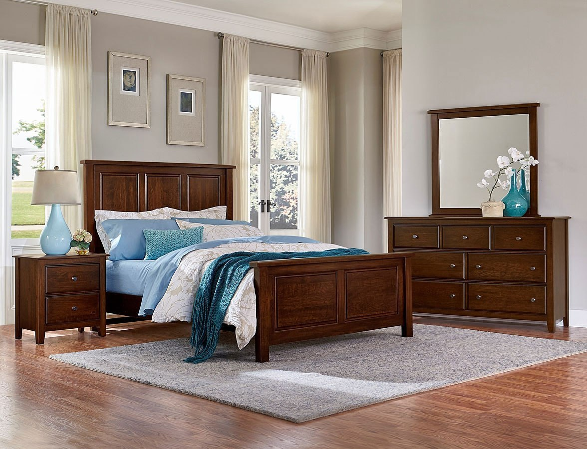 Artisan Choices Panel Bedroom Set (Dark Cherry)