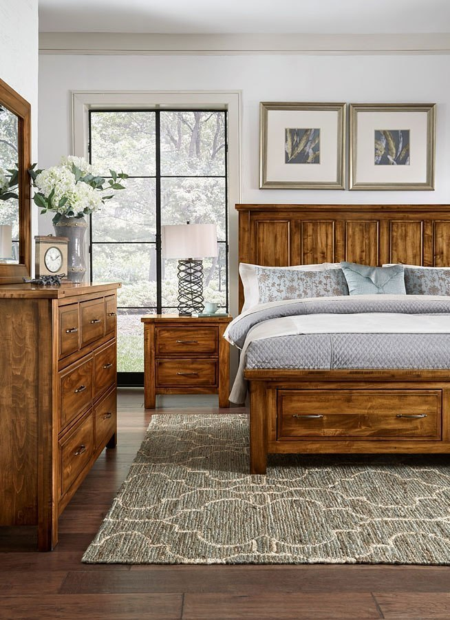 Maple Road Mansion Storage Bedroom Set Antique Amish