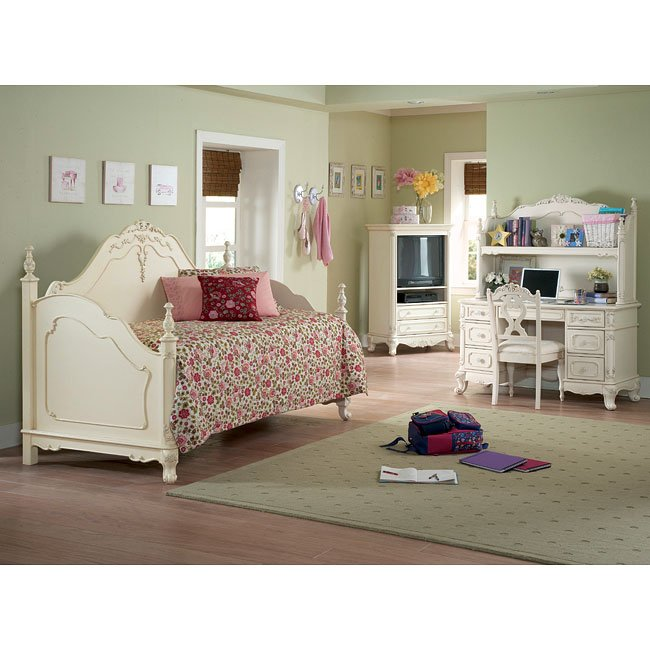 Cinderella Youth Bedroom Set with Daybed