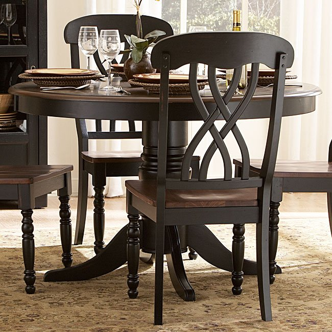Ohana Round Dining Table (Black)