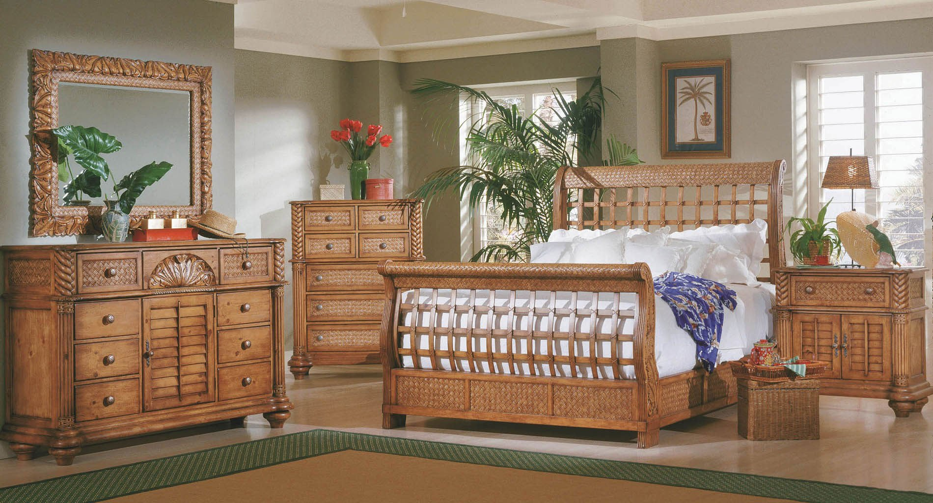 Attirant Palm Court Sleigh Bedroom Set (Island Pine)