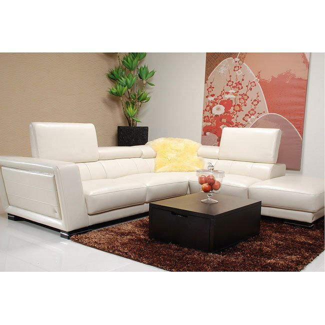5166 White Right Chaise Sectional