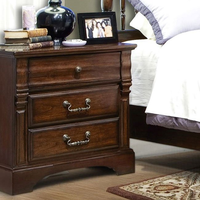 Washington Manor Nightstand