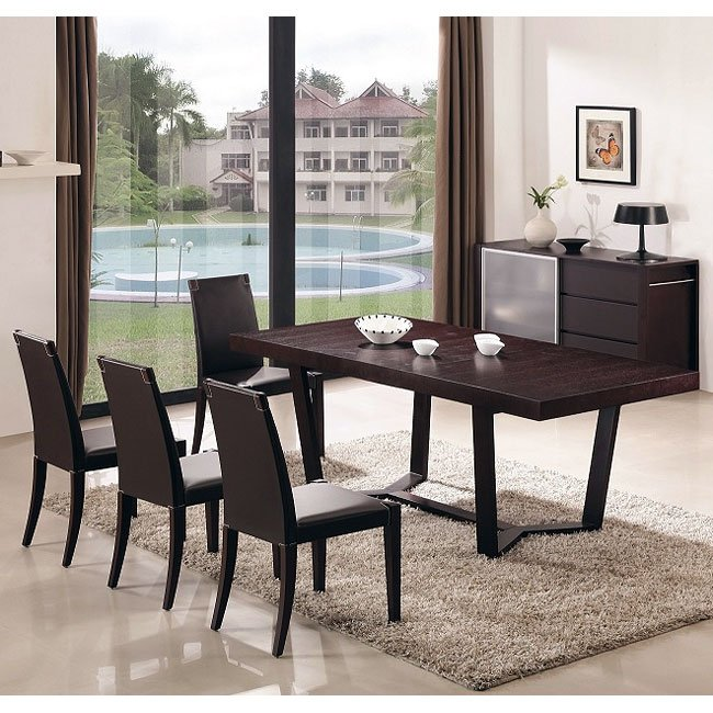 Class Dining Room Set w/ Colibri Chairs