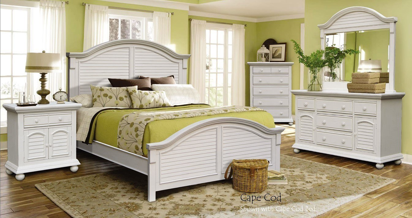 Cape Cod Panel Bedroom Set