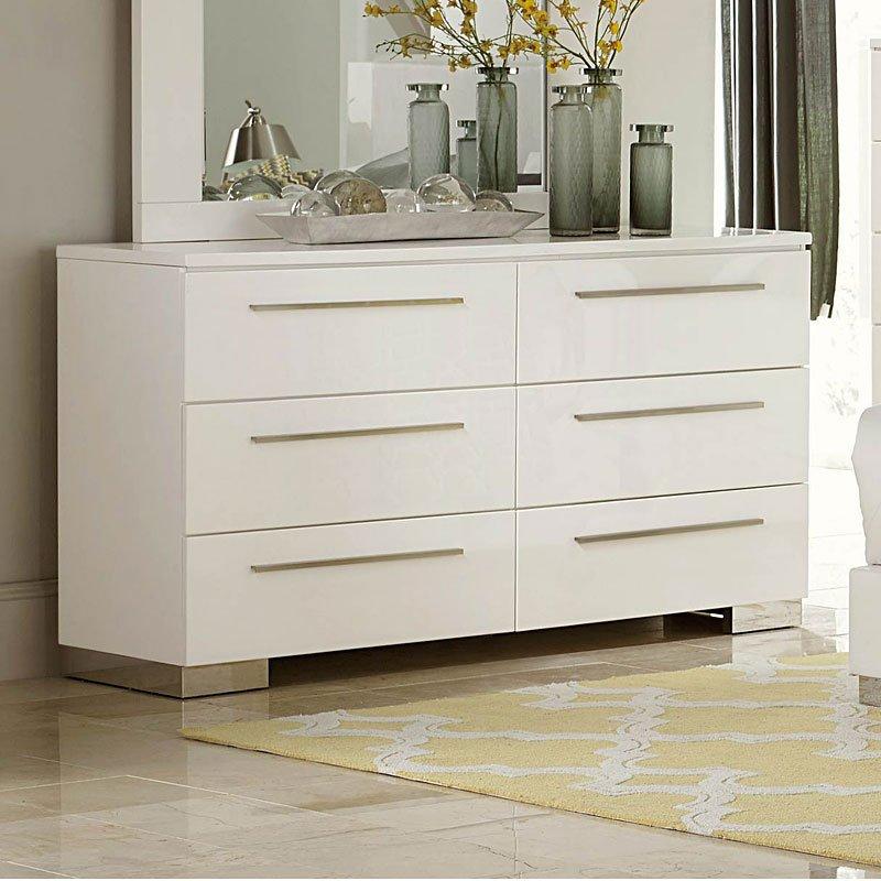 Linnea Dresser