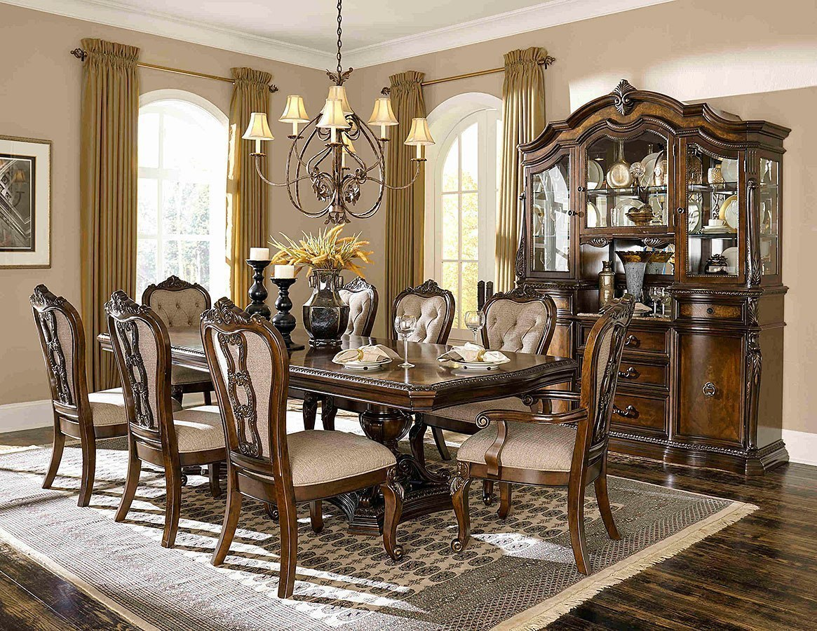 Bonaventure Park Dining Room Set