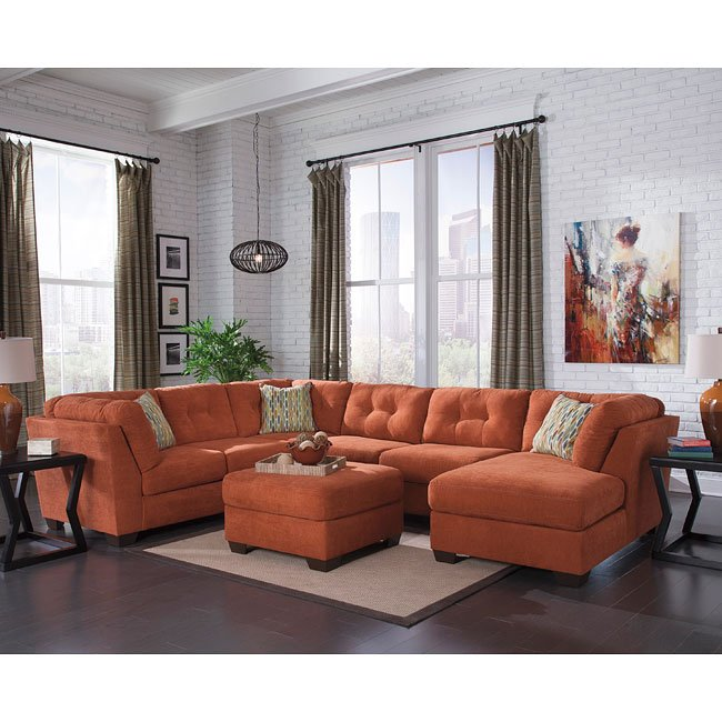 Delta City Rust Sectional Set BenchCraft