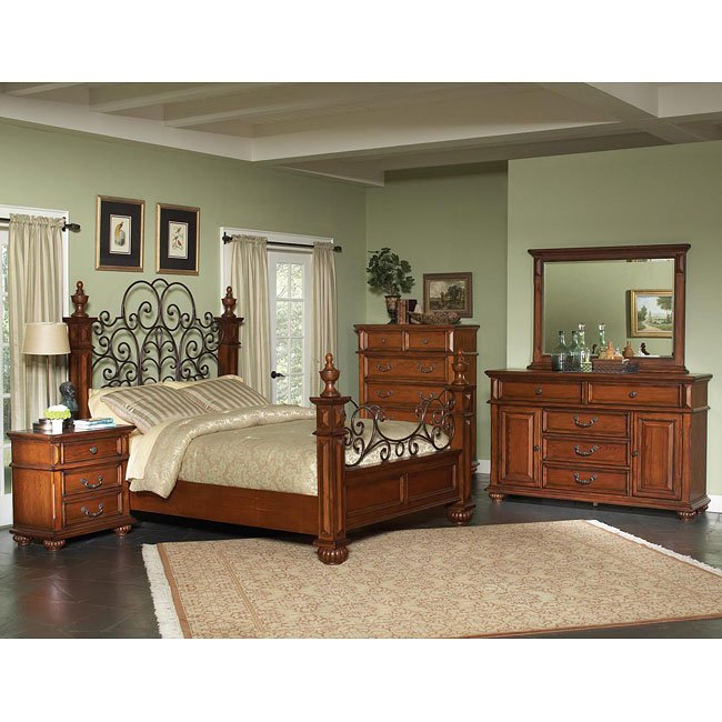 Kessner Poster Bedroom Set (Oak)