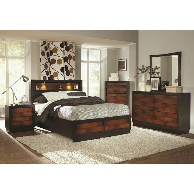 Rolwing Storage Bedroom Set