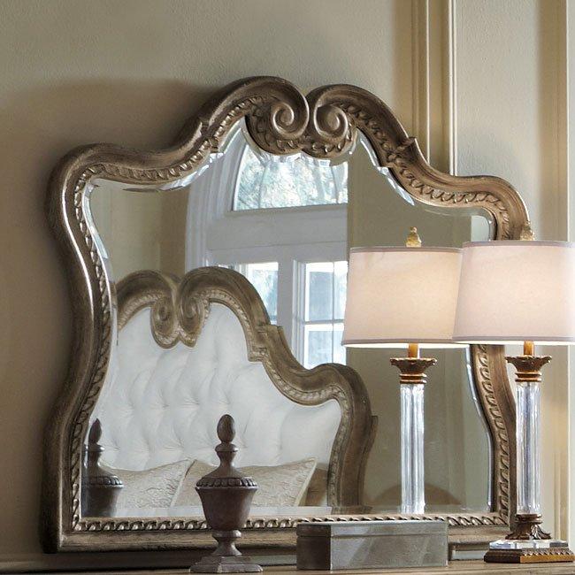 Accentrics Home Arabella Curved Mirror