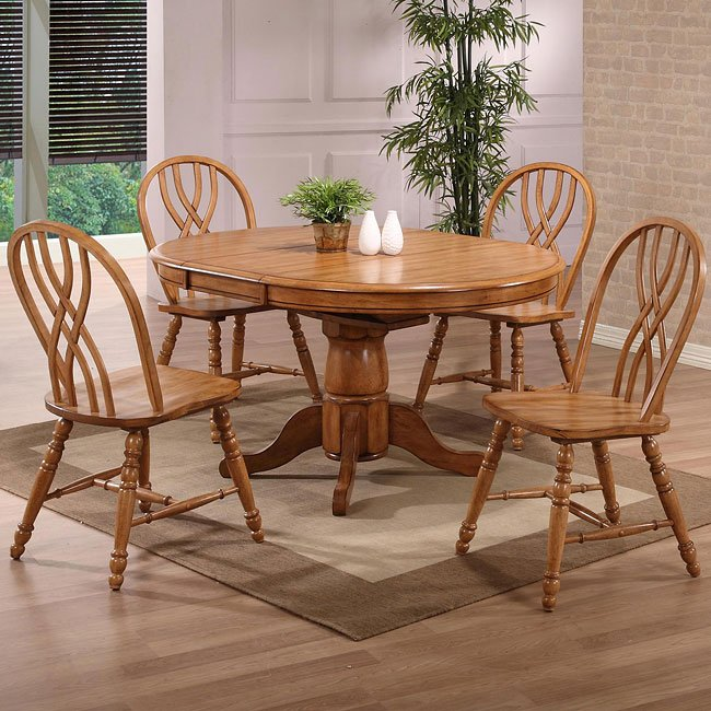 Missouri Round Dining Room Set (Rustic Oak)