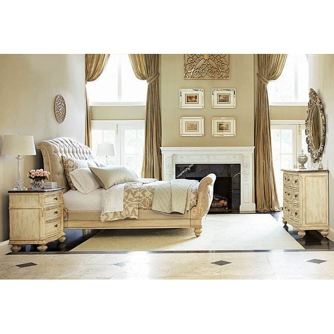 Jessica McClintock The Boutique Sleigh Bedroom Set (White Veil)