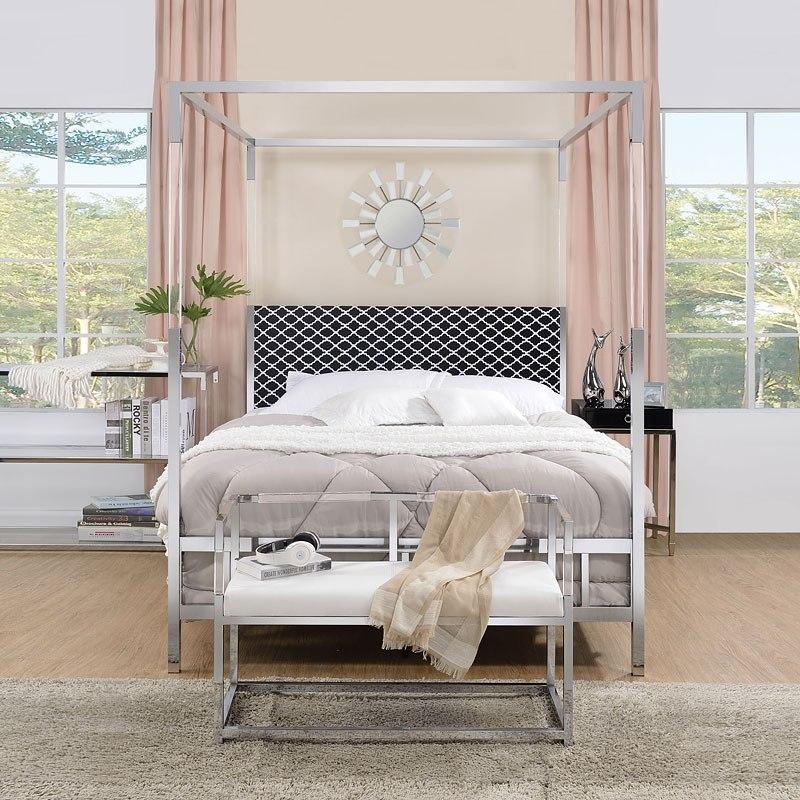 Raegan Queen Canopy Bedroom Set (Chrome)