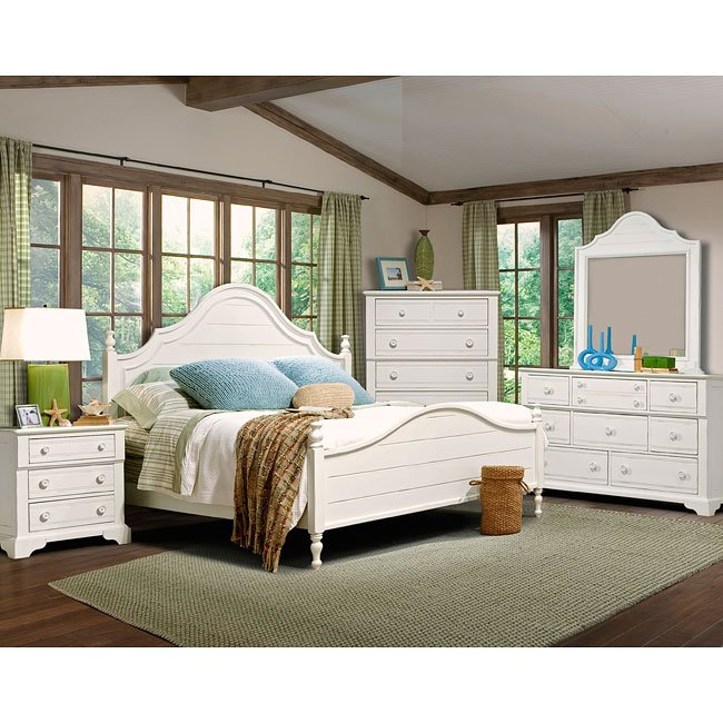 Cottage Grove Poster Bedroom Set