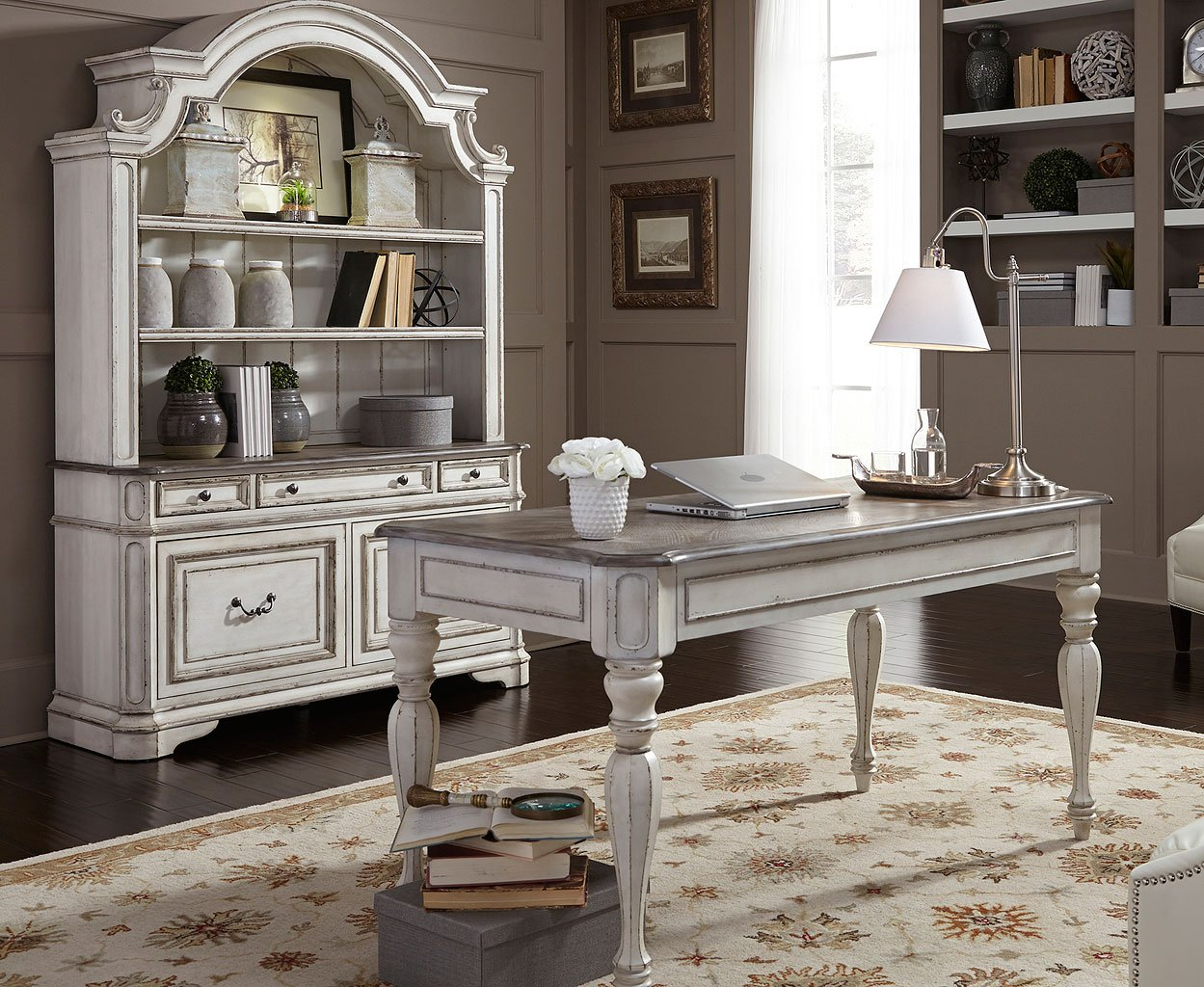 Beau Magnolia Manor Home Office Set