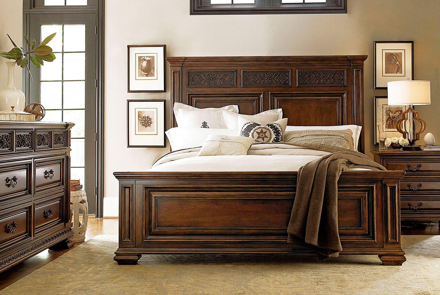 Escalera Francesco Panel Bedroom Set Universal Furniture