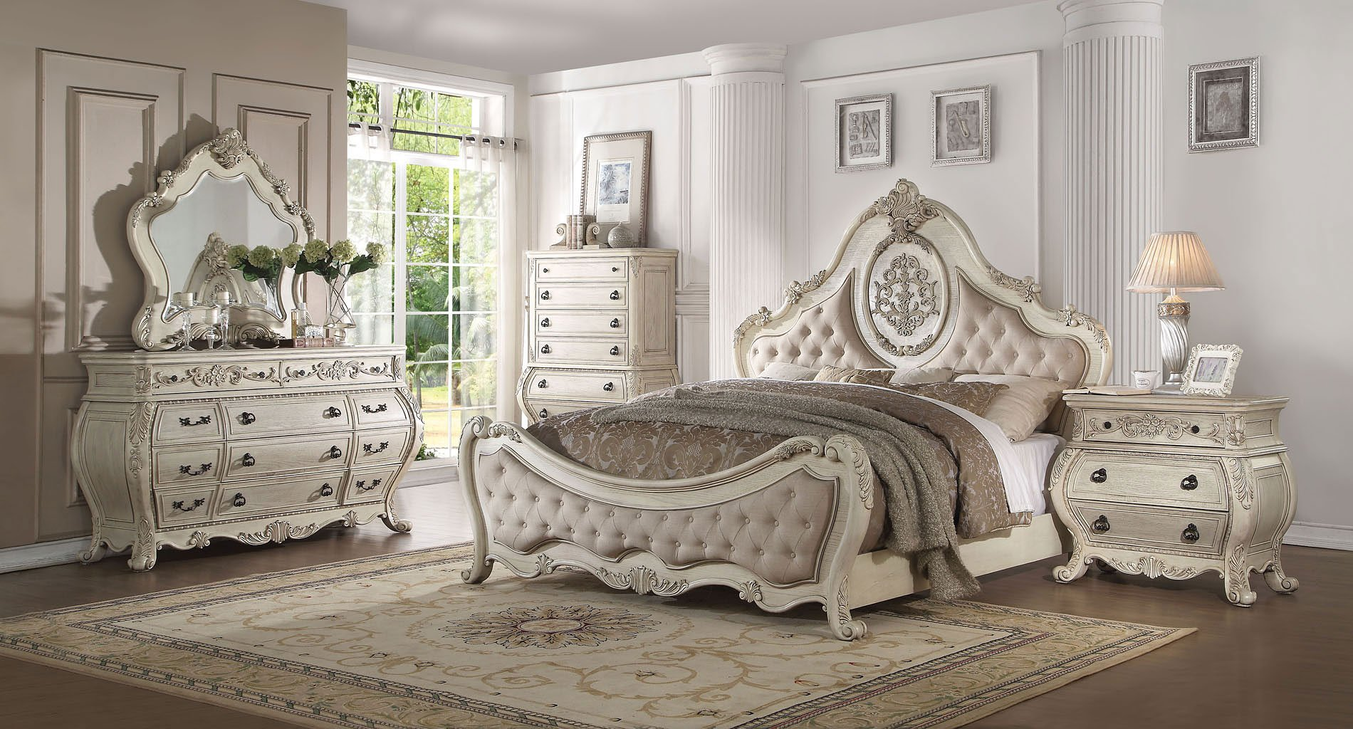 Ragenardus Panel Bedroom Set (Antique White)