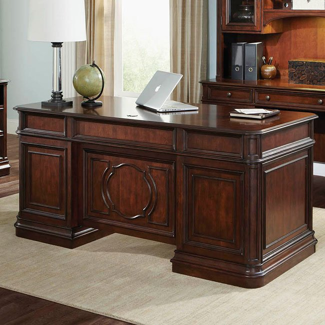 Brayton Manor Jr Executive Desk