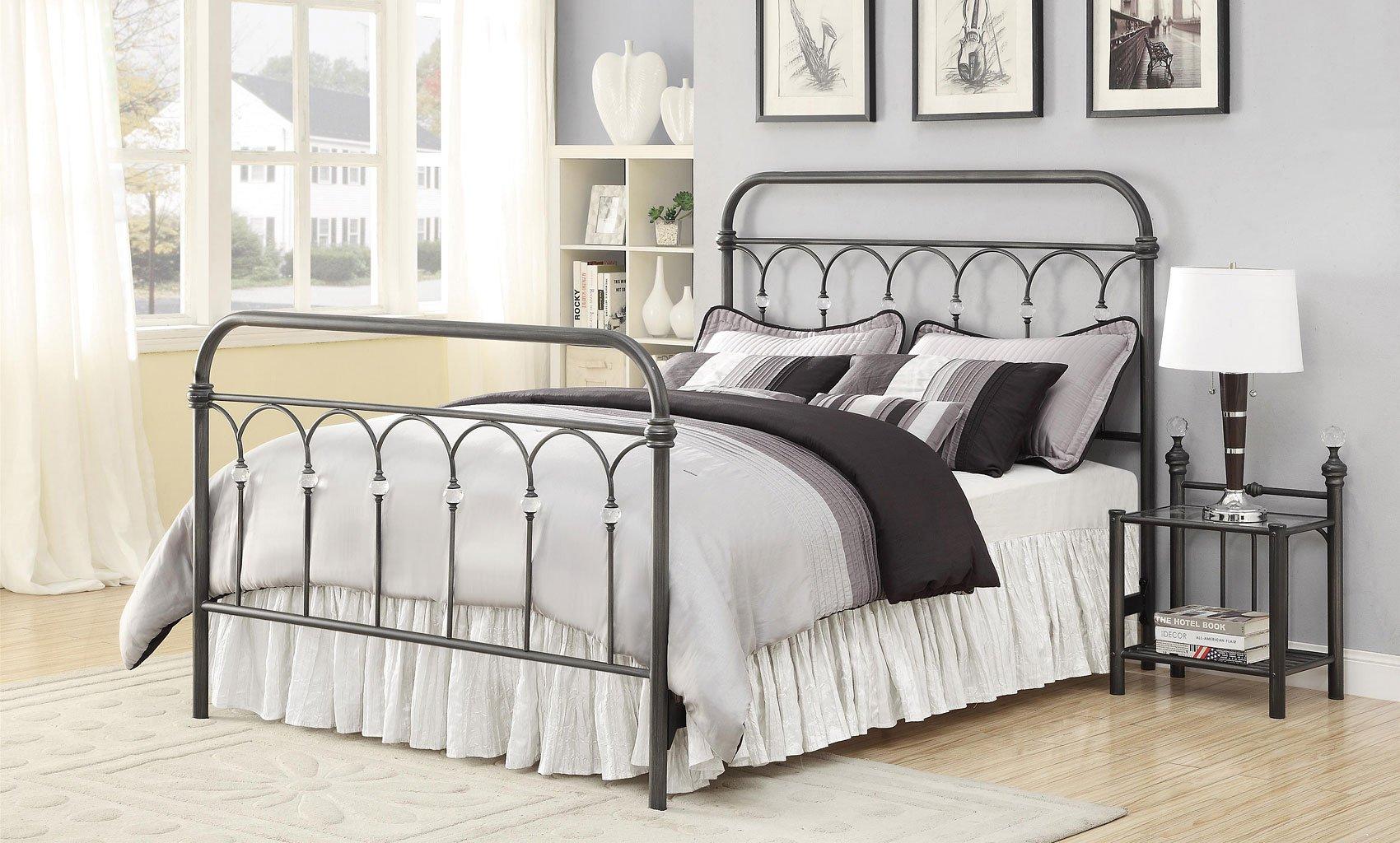 Livingston Metal Bedroom Set