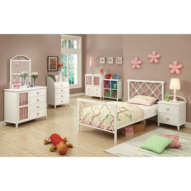 Juliette White and Pink Bedroom Set
