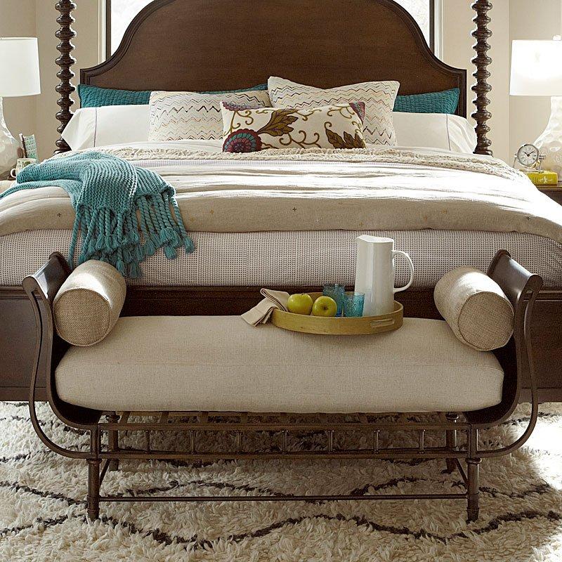 Cordevalle Bed End Bench Universal Furniture