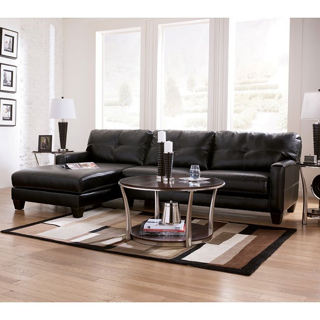 Black Living Room Furniture: Black Sectional Living Room Set Signature