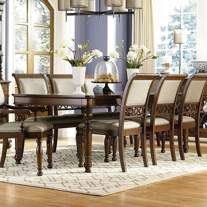 Thornhill Dining Room Set