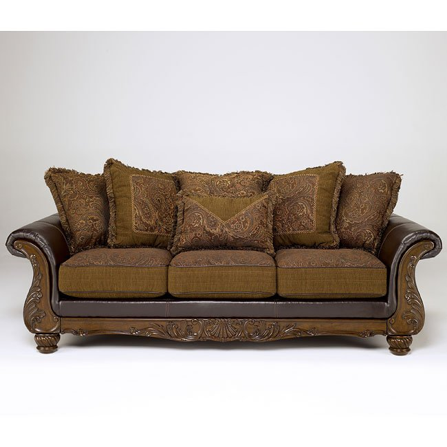 Wilmington - Walnut Sofa