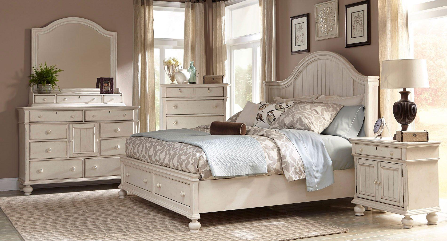 Newport Storage Bedroom Set American Woodcrafters