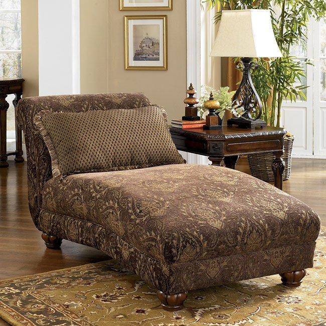 Stafford - Antique Chaise