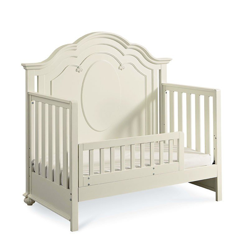 Charlotte Grow With Me Convertible Crib Legacy Classic