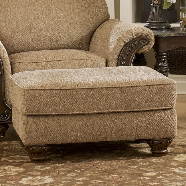 Cambridge Amber Living Room Set Signature Design Furniture Cart