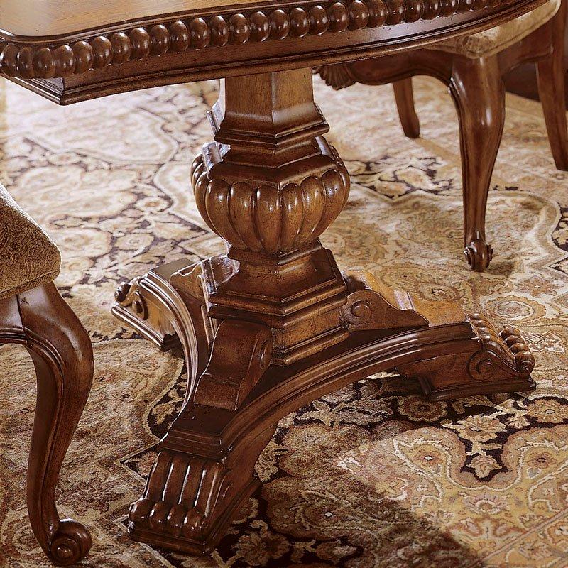 Villa Cortina Rectangular Dining Table Universal Furniture