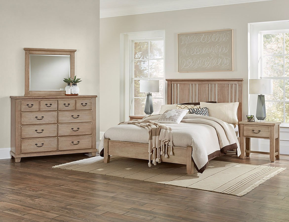 American Cherry Craftsman Low Profile Bedroom Set (Sandstone)