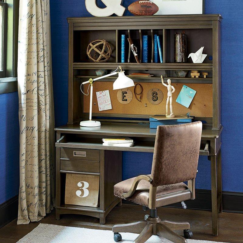 Varsity Desk w/ Hutch