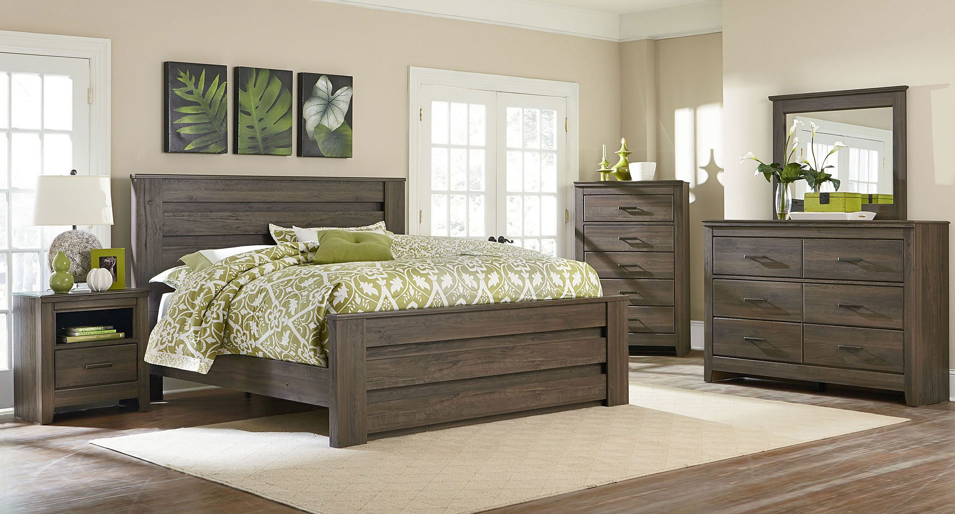 Amazing Hayward Mansion Bedroom Set