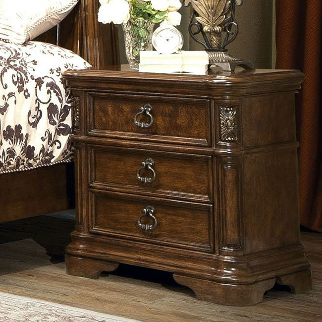 Romantic Dreams Nightstand