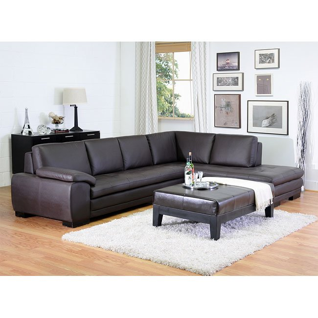 Diana Right Facing Chaise Sectional (Brown)