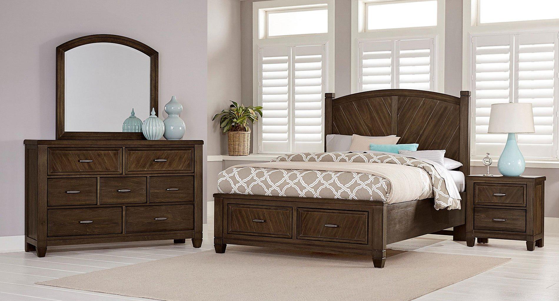 Rustic cottage platform storage bedroom set oak vaughan - Platform bedroom sets with storage ...