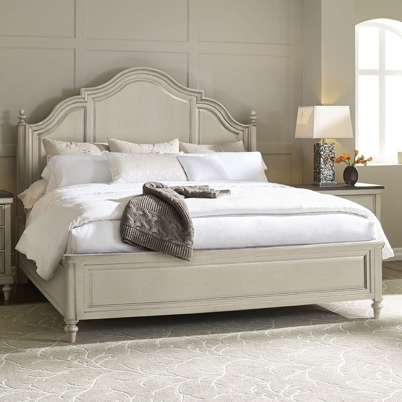 Merveilleux Brookhaven Panel Bed (Vintage Linen)