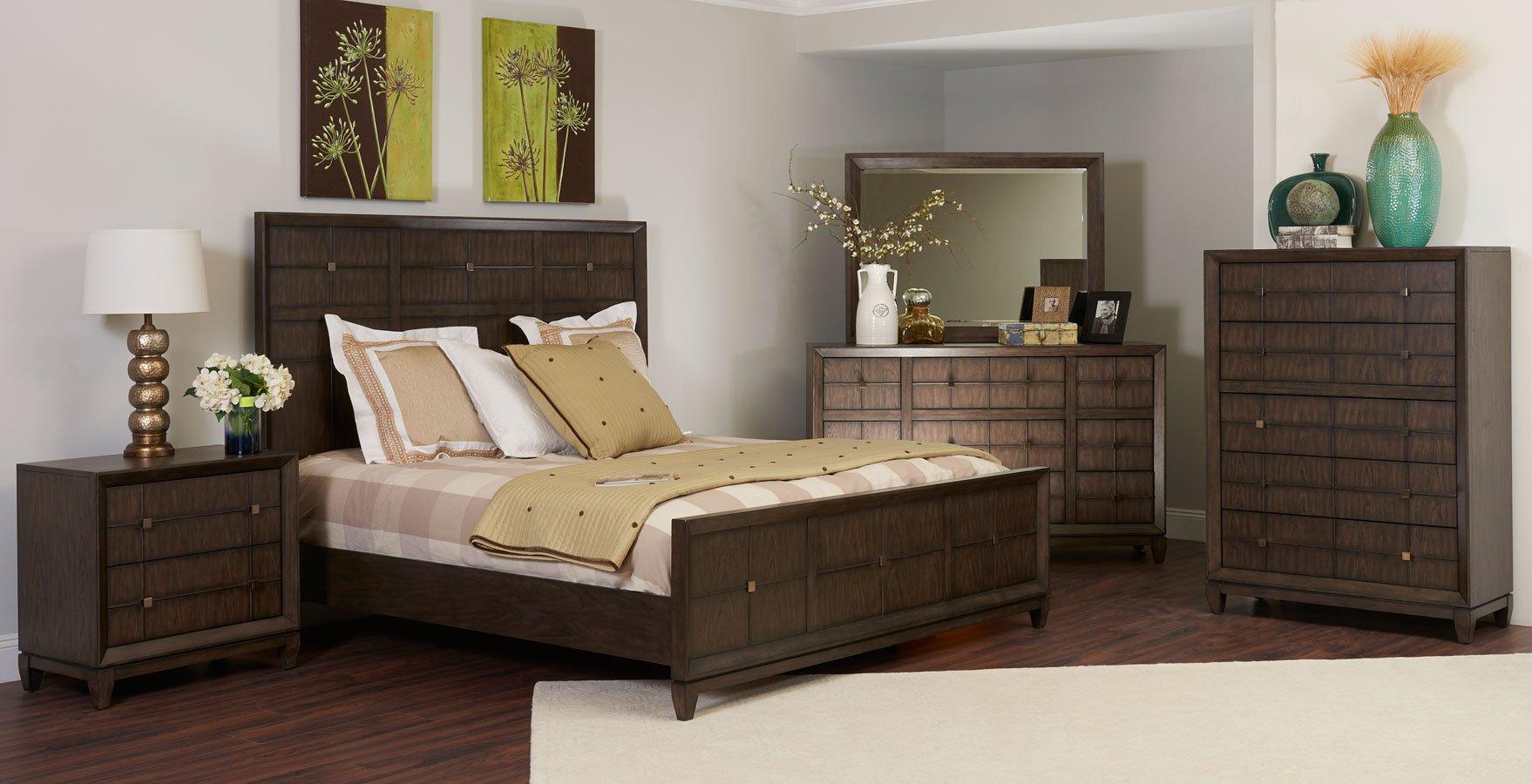 Regency Panel Bedroom Set Klaussner