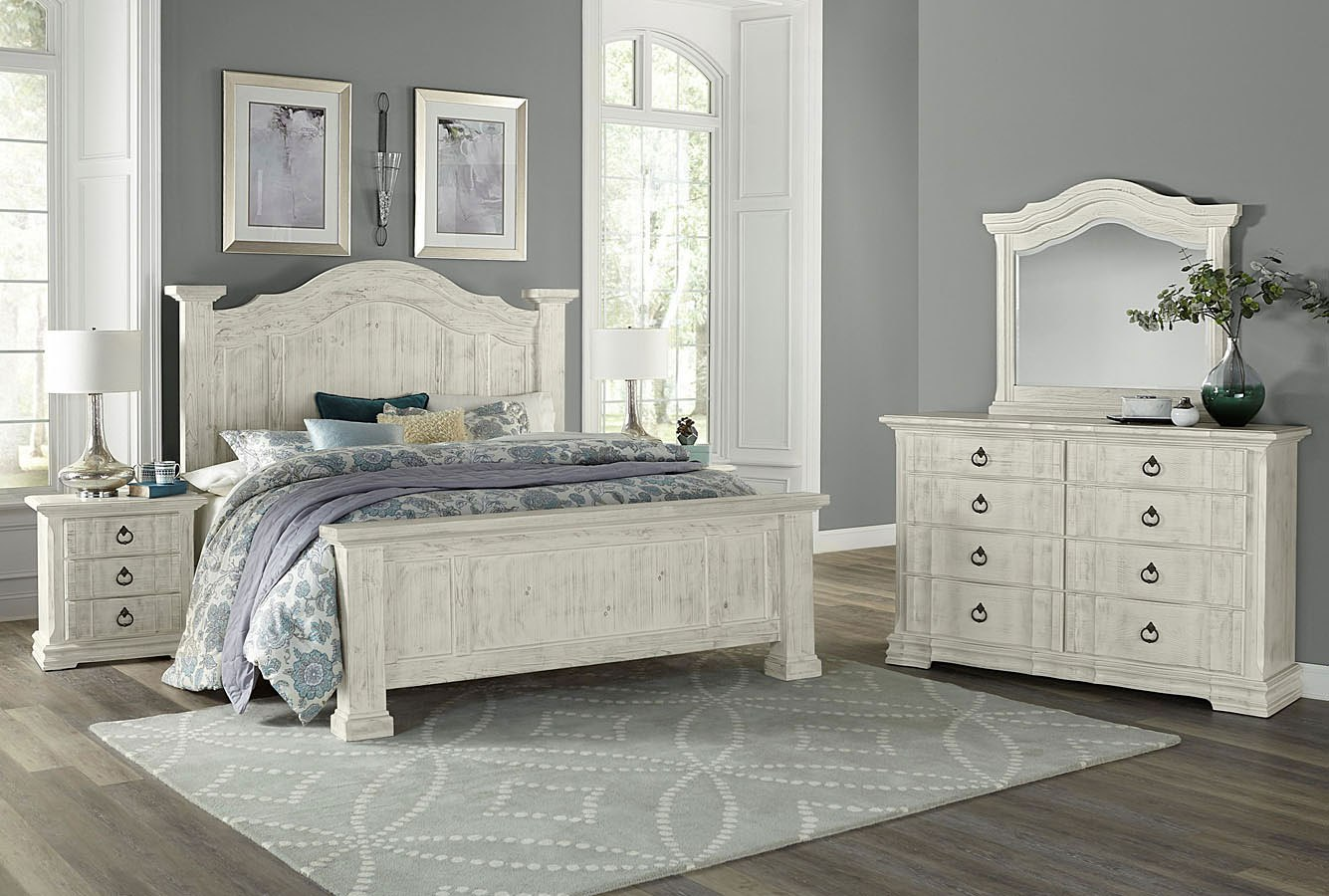 Rustic Hills Poster Bedroom Set Weathered White Vaughan