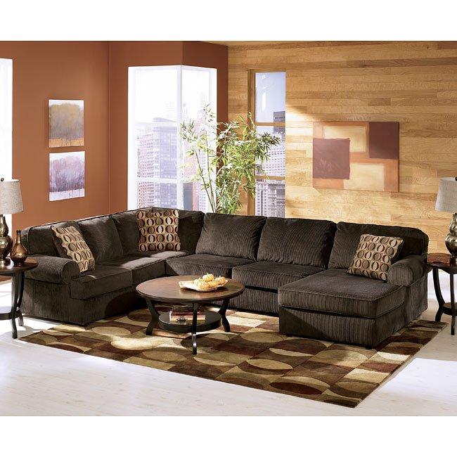 Vista - Chocolate Sectional Living Room Set