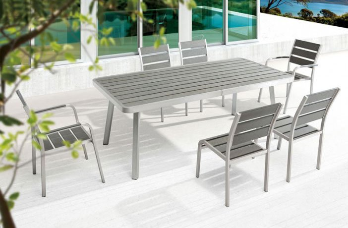 Township Outdoor Dining Set