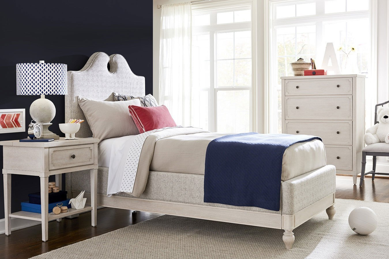 Serendipity Upholstered Bedroom Set Smartstuff Furniture Cart