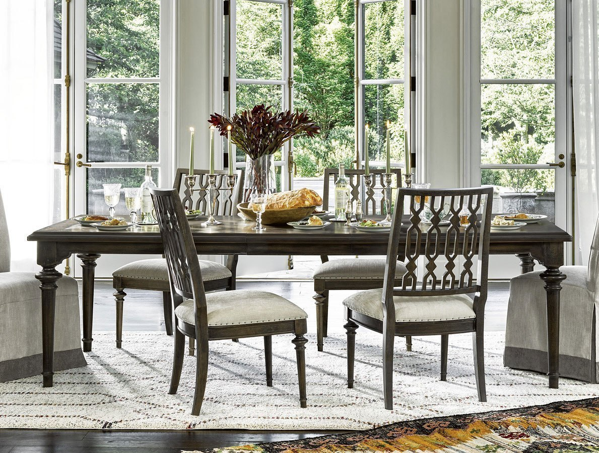 Ordinaire Postscript Highlands Dining Table