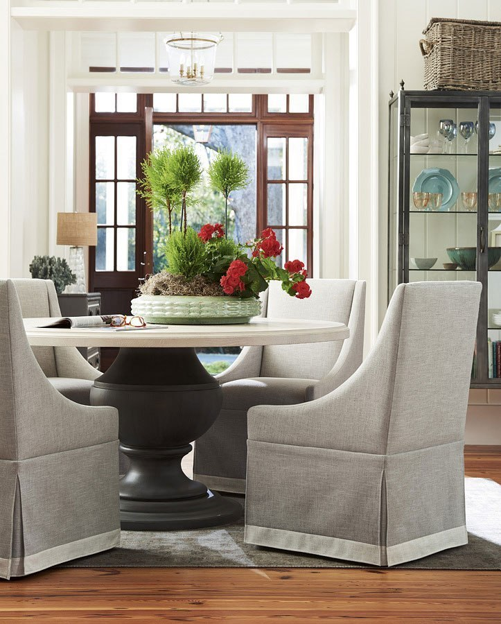 Bungalow Round Dining Room Set W Host Chairs