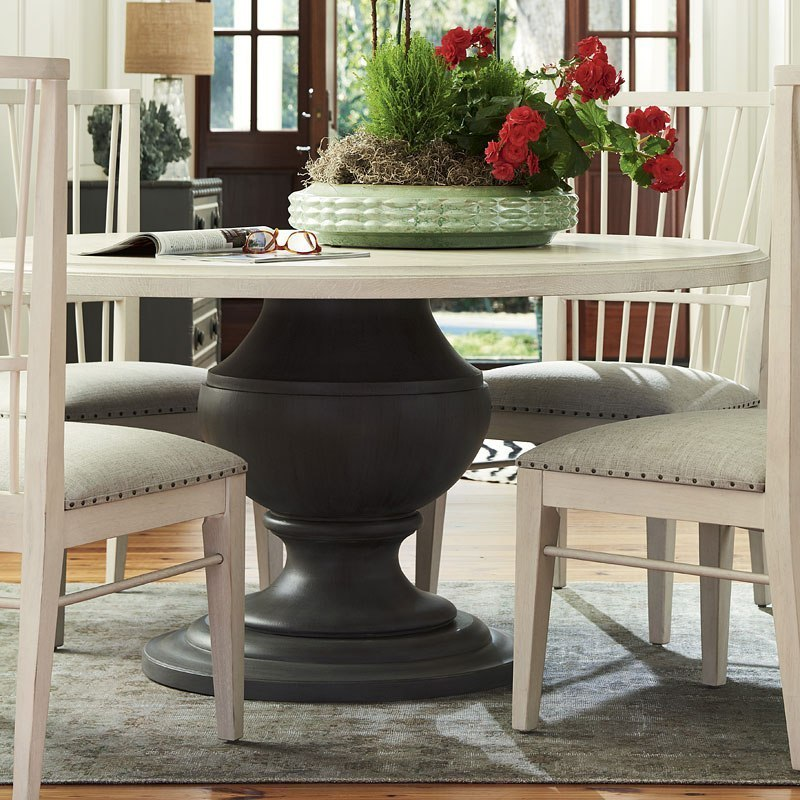 Bungalow Round Dining Table