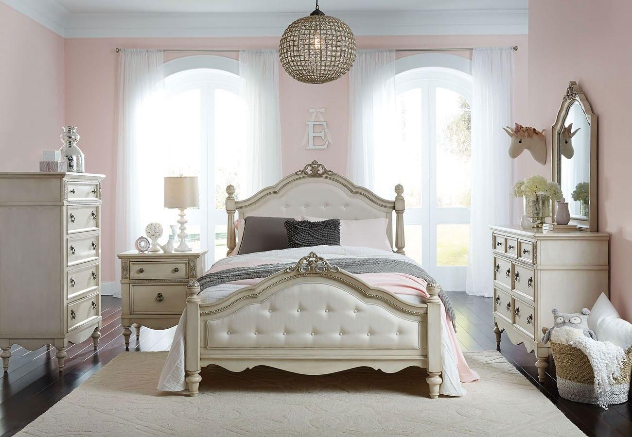 Giselle Poster Bedroom Set